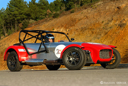 Test Track : Caterham Seven Sigma version Coupe: Greffée du coeur 1/3