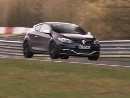 Renault envoie la Mégane RS restylée au Nurburgring