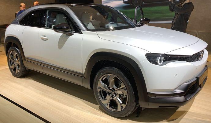 Mazda MX-30: paris osés - Vidéo en direct du Salon de Bruxelles 2020