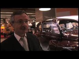 Rétromobile 2006 : Renault fête les 60 ans de la 4 CV