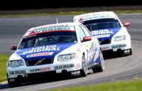 Team Volvo Original Racing : victorieuse de la première manche du STCC. L'éthanol a la patate !