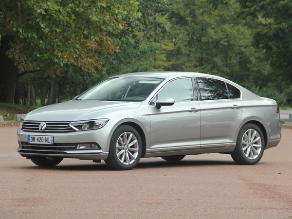 essai volkswagen passat 1 4 tsi 150 act le 2 0 tdi 150. Black Bedroom Furniture Sets. Home Design Ideas