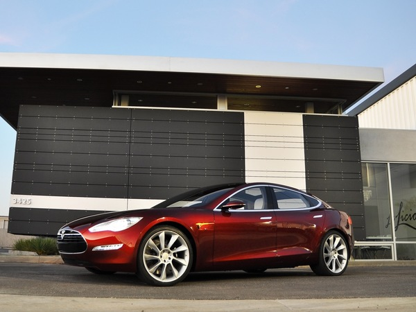 tesla va augmenter le prix de la model s. Black Bedroom Furniture Sets. Home Design Ideas