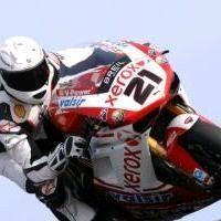 Superbike - Schumacher: La R1 de Haga et la 1098 de Bayliss à l'essai