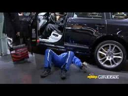 Paris 2008 : Aymeric et le SAV de Porsche (gag)