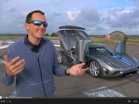 Koenigsegg Agera R vs Ford Focus SW TDCi 115 ch : qui l'emporte sur un mile départ arrêté ?