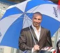 La photo du jour : Umbrella guys