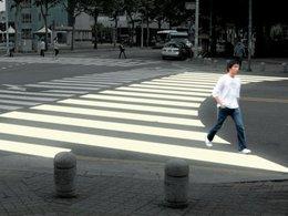 Un passage piéton incurvé qui permet de réduire le nombre d'accidents