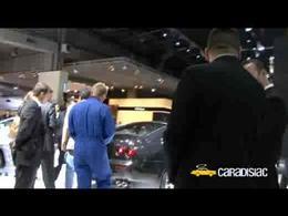 Paris 2008 : Aymeric et le SAV Ferrari (gag)