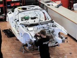L'assemblage d'une BMW Z4 GT3 en vidéo