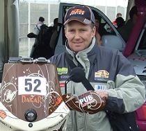 Pierrick Bonnet ; sa participation à son 1er Dakar en 2001 est plutôt originale