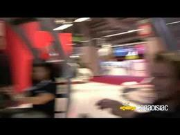 Paris 2008 : Aymeric teste les jeux vidéos au Mondial