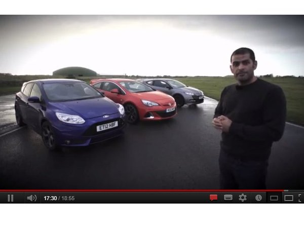 Chris Harris compare Renault Megane R.S, Ford Focus ST et Opel Astra OPC.
