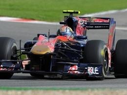 Buemi vise le volant de Mark Webber