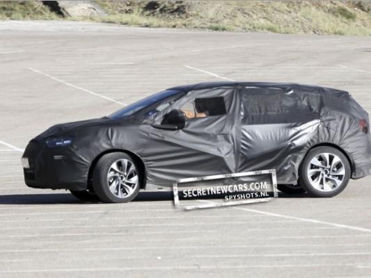 Spyshot : La Citroën DS5 de sortie ? [MàJ]