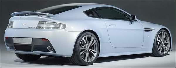 Aston Martin V12 Vantage RS Concept: alerte rouge !