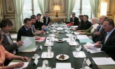 Nicolas Sarkozy a reçu 9 ONG à l'Elysée : les discussions écolos autour d'une table