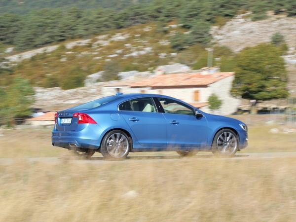 Volvo : les quatre roues motrices enfin disponibles avec le nouveau T6