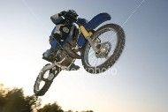 Vidéo moto : Jump en moto