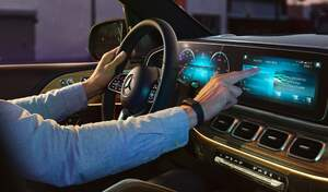 """Pénurie de semi-conducteurs : l'automobile est-elle trop """"geek"""" ?"""