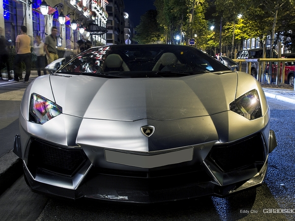Photos du jour : Lamborghini Aventador Roadster By DMC