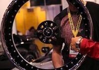 D'Vinci et sa roue à voile transparent
