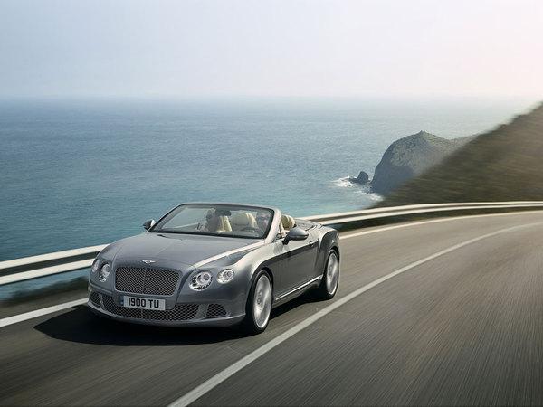 Salon de Francfort 2011 -  Bentley révèle la nouvelle Continental GTC