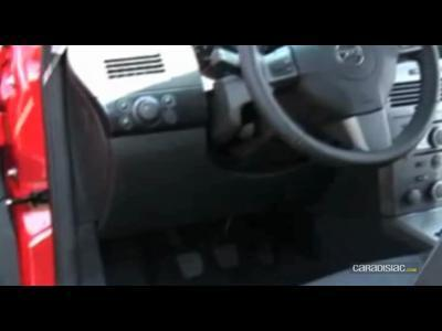 Video Opel Astra GTC