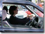Les Anglaises plus dangereuses dans un parking que sur la route