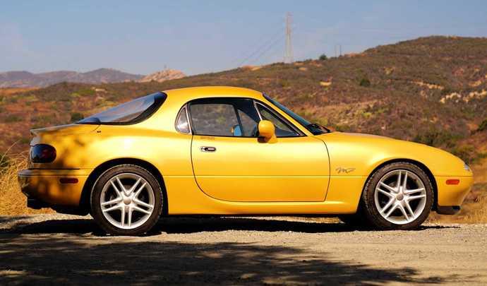 La seule Mazda MX-5 NA coupé officielle immortalisée en vidéo