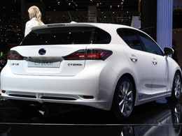 La Lexus CT 200h hybride ? 96 g CO2/km !