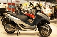 Salon de Milan 2010 En Direct : Piaggio MP3 Yourban 125 cm3/300 cm3 LT