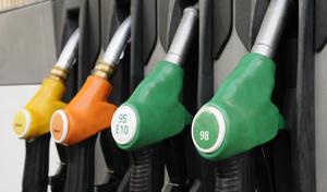 Sandrine Rousseau veut augmenter les prix des carburants de 5 à 10 centimes par an