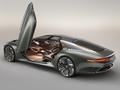 DESIGNbyBELLU - Concept-cars aux Invalides : défilé de mode