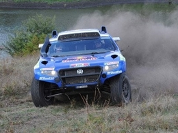 Silk Way Rally: de Villiers en grande forme