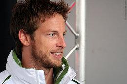 F1 - Jenson Button s'excuse de rendre la saison ennuyeuse