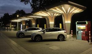 Volkswagen se lance dans la borne à batterie intégrée