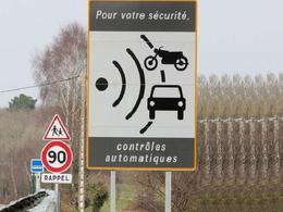 Test Caradisiac - Les avertisseurs de radars avertissent-ils toujours ?