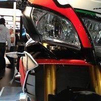 En direct de l'EICMA - Aprilia: le roadster sportif s'appelle Tuono V4 1100