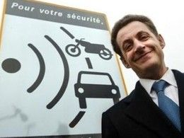 """Sarkozy: """"Aux sociétés d'autoroutes de faire les contrôles de vitesse"""""""