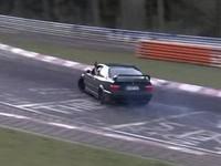 Vidéo : Qui drift au Nürburgring...