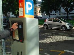 Les Parisiens pourront bientôt payer leur stationnement par carte de crédit
