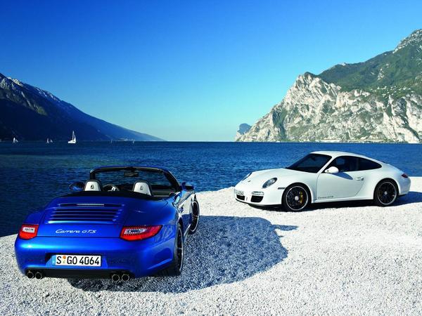 Mondial de Paris 2010 : Porsche 911 GTS, pas tout à fait une GT3