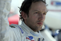 Champcar: Le champion 2002 percute un cerf
