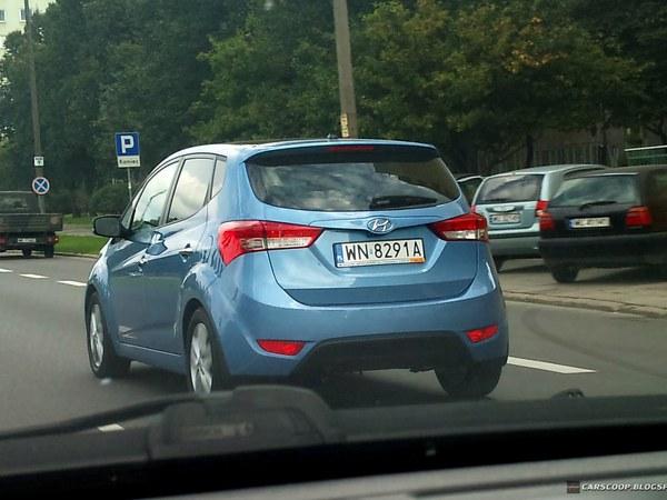 Mondial de Paris 2010 : le nouveau Hyundai ix20 sur la route du salon
