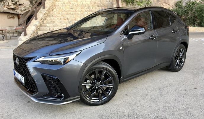 Essai – Lexus NX (2021): enfin la première Lexus hybride rechargeable!