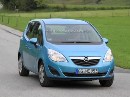 Spyshot : un Opel Meriva entièrement électrique