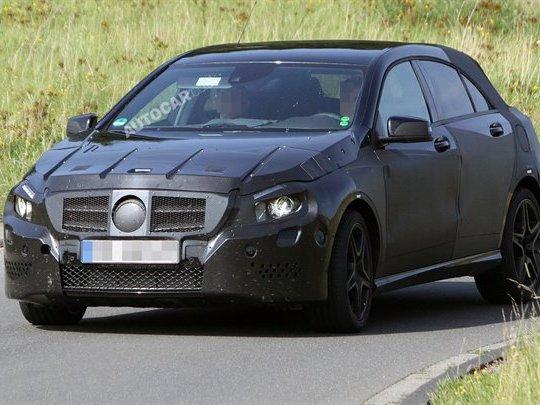 La future Mercedes Classe-A AMG subit ses premiers essais routiers