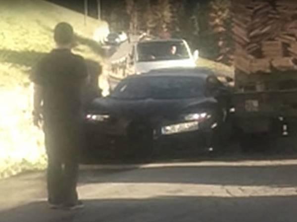 Scoop : la future Bugatti Chiron immortalisée sur la route