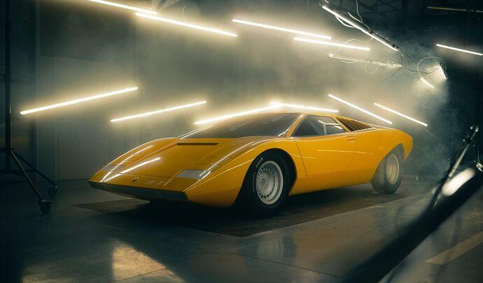 Lamborghini a redonné vie à la toute première Countach